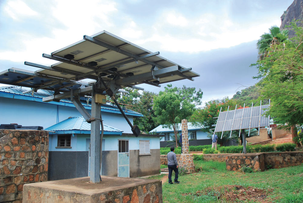 ND students look at solar power